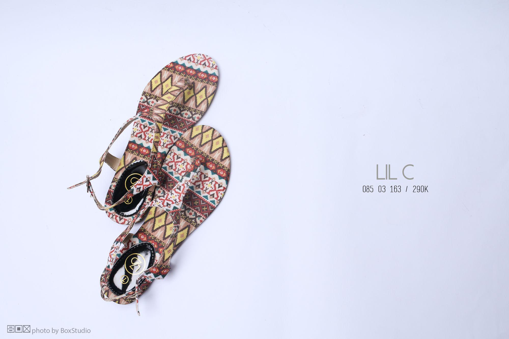 box-visual_chup-san-pham-voi-phan-khong-gian-trong_giay-sandal